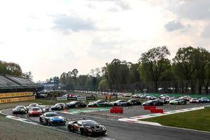 Start zu den 3h Monza der GT-World-Challenge Endurance 2021