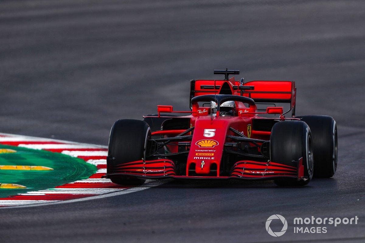 Sebastian Vettel im Ferrari SF1000