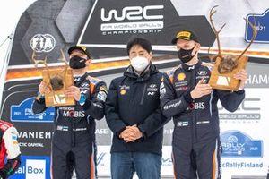 Hyundai President Scott Noh, Ott Tänak, Martin Järveoja, Hyundai Motorsport Hyundai i20 Coupe WRC