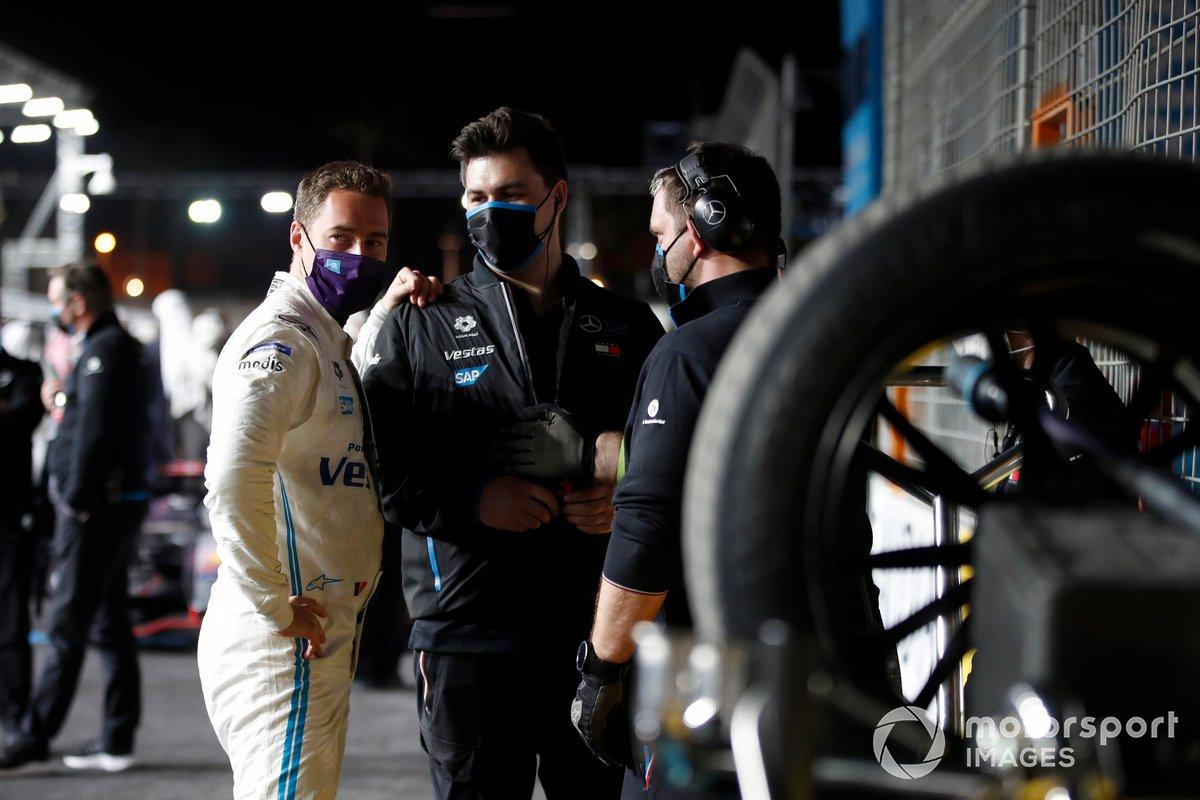 Stoffel Vandoorne, Mercedes-Benz EQ, en la parrilla