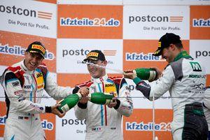 Podium: #17 KÜS Team75 Bernhard Porsche 911 GT3 R: Timo Bernhard, Kévin Estre, #28 Montaplast by Land-Motorsport Audi R8 LMS: Kelvin van der Linde