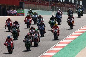 Marco Melandri, Aruba.it Racing-Ducati SBK Team, Tom Sykes, Kawasaki Racing race start