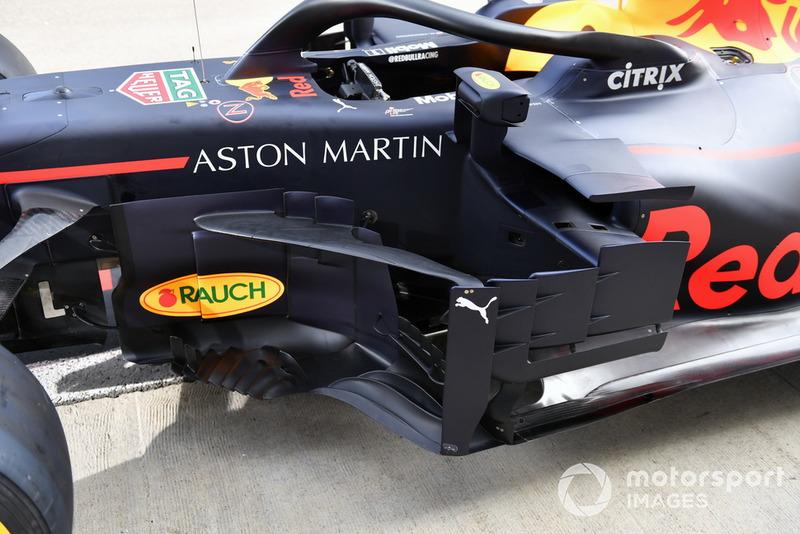 Vue détaillée des délfecteurs de Red Bull Racing RB14