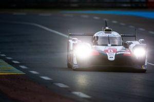 #8 Toyota Gazoo Racing, Toyota TS050 Hybrid: Sebastien Buemi, Kazuki Nakajima, Fernando Alonso