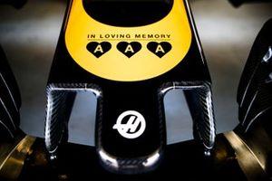 Un homenaje a los hijos del propietario de Jack & Jones, Anders Holch Povlsen, que murió en los atentados con bombas en el hotel de Sri Lanka en la nariz del equipo de Haas F1 VF-19