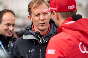 Mattias Ekström talks with Nico Müller, Audi Sport Team Abt Sportsline