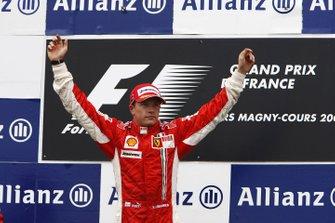 Победитель гонки Кими Райкконен, Ferrari