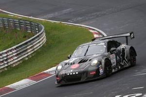 #70 Black Falcom Porsche 911 GT3-R