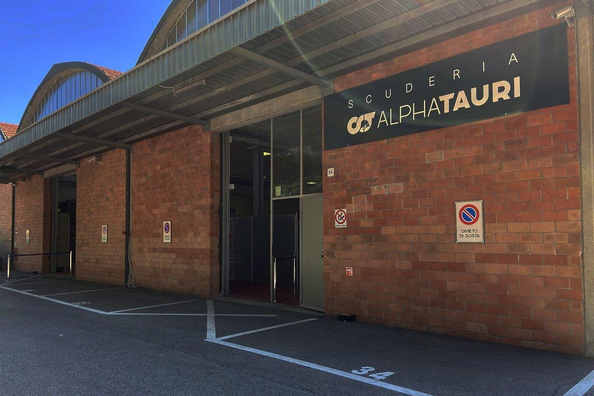Prueba de serología en la fábrica de Scuderia Alpha Tauri