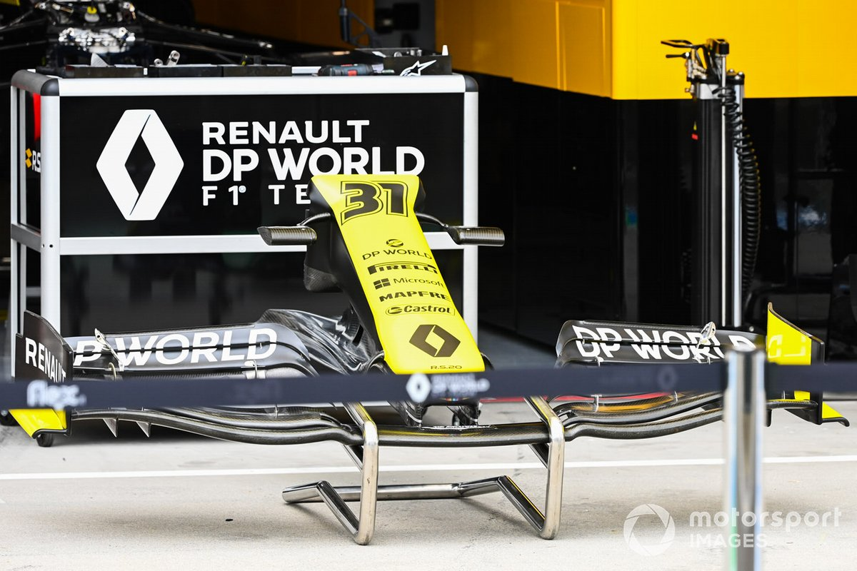 A front wing from an Esteban Ocon Renault F1 Team R.S.20