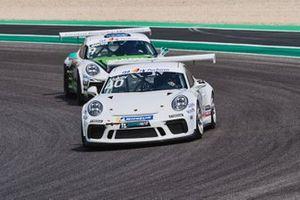 Risto Vukov, GDL Racing precede Lodovico Laurini, Dinamic Motorsport - Centro Porsche Mantova