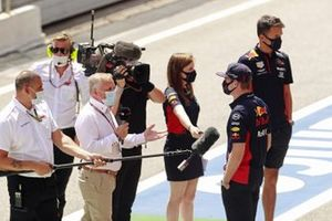 Max Verstappen, Red Bull Racing, viene intervistato da Johnny Herbert di Sky television