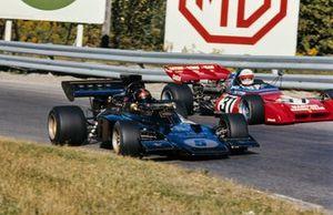 Emerson Fittipaldi, Lotus 72D Ford passes Derek Bell, Tecno PA123
