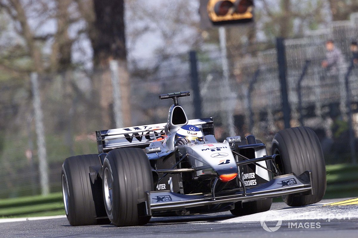 Mika Hakkinen, McLaren MP4/15, took pole position