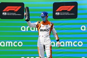 Larry ten Voorde, Team GP Elite, on the podium with his trophy