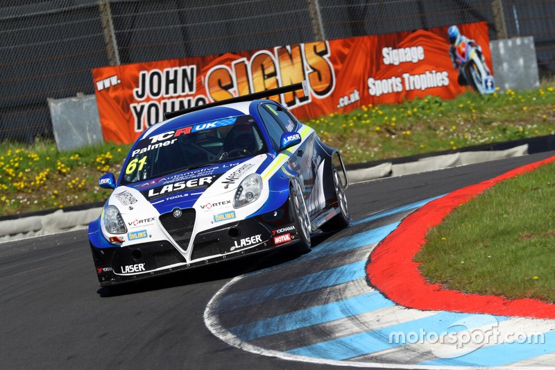 Derek Palmer, DPE Motorsport, Laser Tools Racing, Alfa Romeo Giulietta TCR