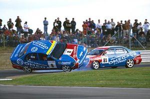 Julian Bailey, Toyota Carina E GTi, collides with team mate Will Hoy, Toyota Carina E GTi