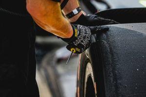 Check des Reifenabriebs