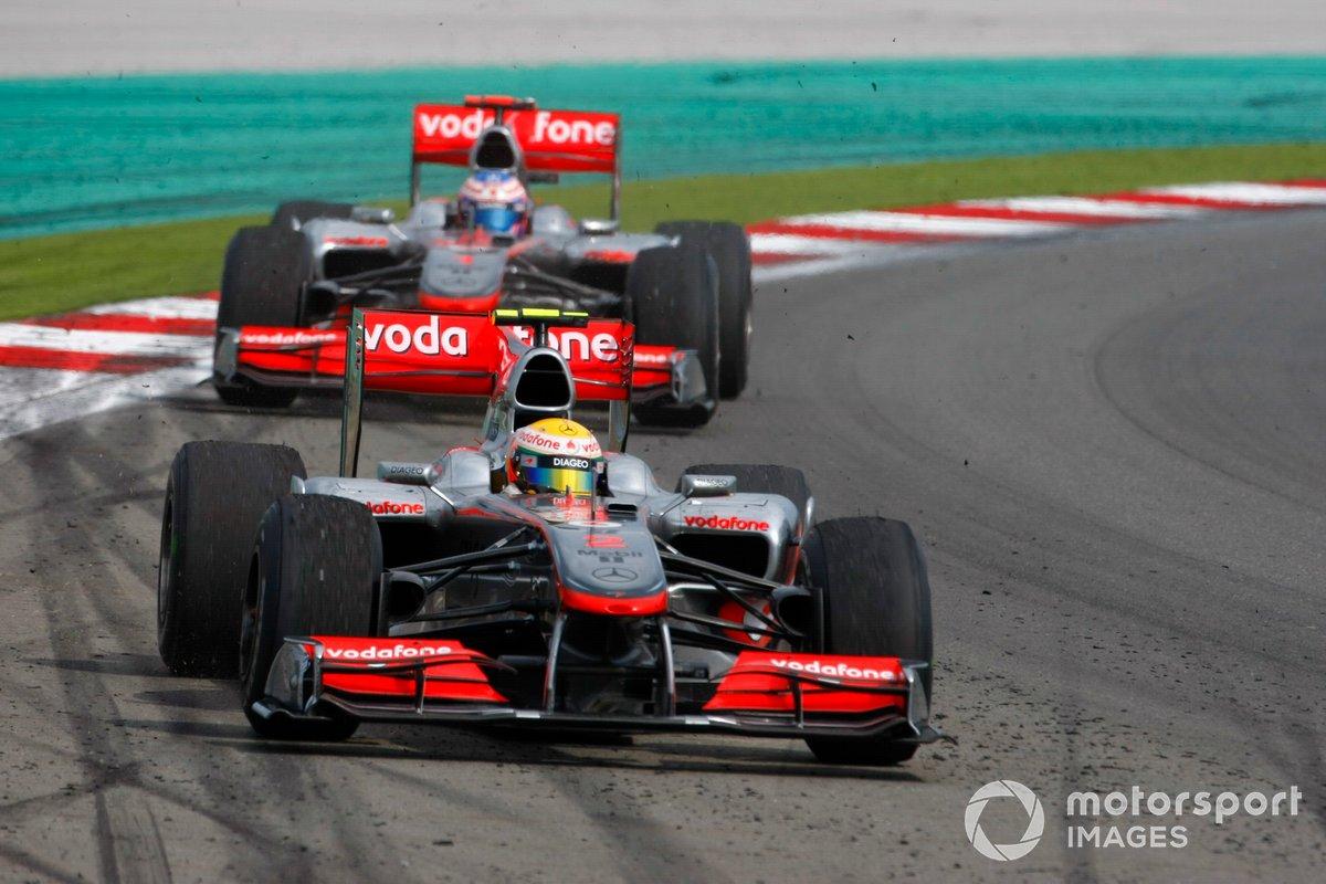 Lewis Hamilton, McLaren MP4-25 Mercedes, Jenson Button, McLaren MP4-25 Mercedes