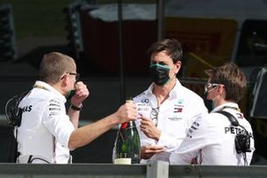 Toto Wolff, Executive Director (Business), Mercedes AMG, celebrates with his colleagues