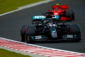 Lewis Hamilton, Mercedes F1 W11, leads Charles Leclerc, Ferrari SF1000