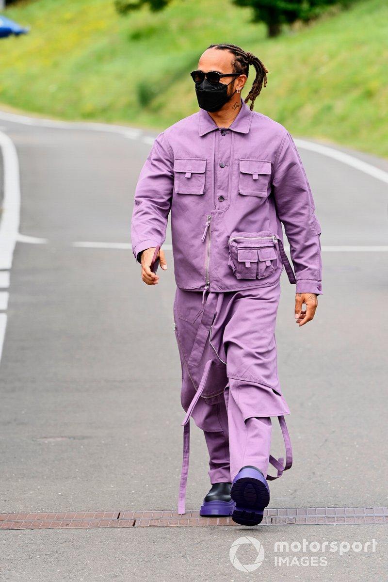 Lewis Hamilton, Mercedes shoes
