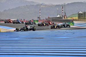Lewis Hamilton, Mercedes W12, Max Verstappen, Red Bull Racing RB16B, Valtteri Bottas, Mercedes W12, Sergio Pérez, Red Bull Racing RB16B, Carlos Sainz Jr., Ferrari SF21