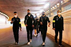 Stoffel Vandoorne, Mercedes-Benz EQ, Nyck de Vries, Mercedes-Benz EQ, walk the track