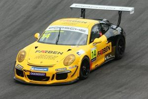 Carro da equipe Farben na Porsche Cup Brasil