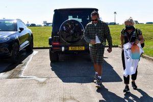 Lewis Hamilton, Mercedes arrives