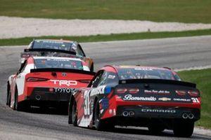 Kaz Grala, Jordan Anderson Racing, Chevrolet Camaro Ruedebusch.com, Brandon Jones, Joe Gibbs Racing, Toyota Supra Toyota
