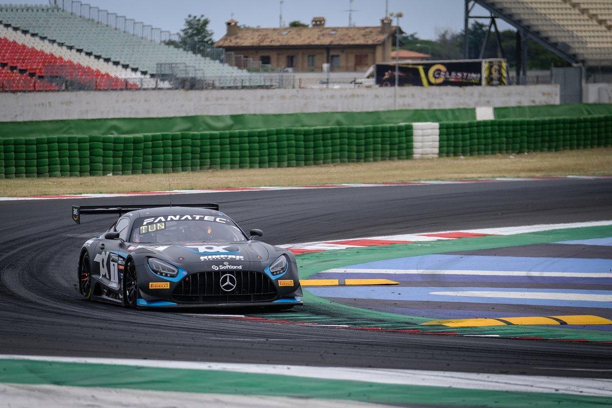 #7 Toksport WRT Mercedes-AMG GT3: Oscar Tunjo, Juuso Puhakka