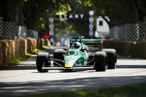 Ian Simmonds, Tyrrell 012 Cosworth