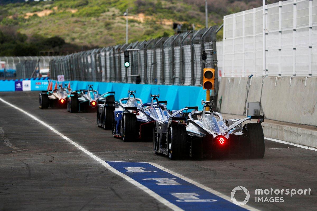 Stoffel Vandoorne, Mercedes Benz EQ, EQ Silver Arrow 02, en la fila del primer grupo de clasificación