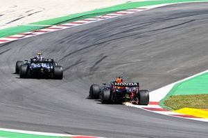 Valtteri Bottas, Mercedes W12, Max Verstappen, Red Bull Racing RB16B