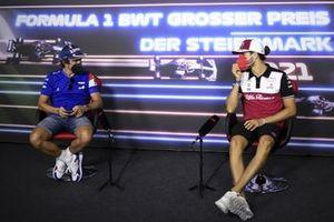 Fernando Alonso, Alpine F1 and Antonio Giovinazzi, Alfa Romeo Racing in the Press Conference