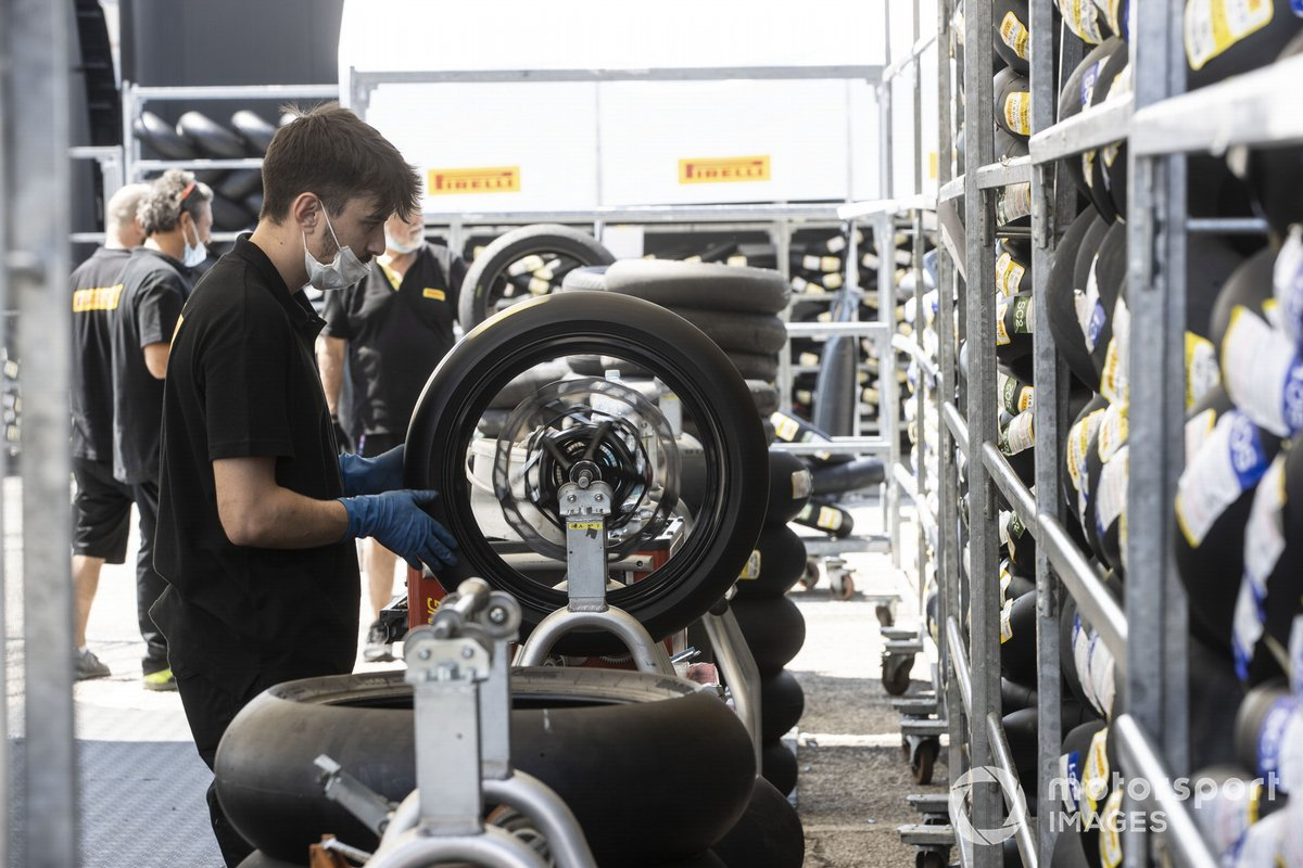 Técnicos de Pirelli