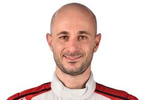 #9 Pfaff Motorsports Porsche 911 GT3R, GTD: Lars Kern