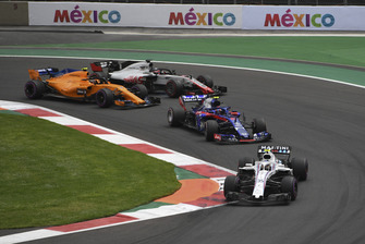 Sergey Sirotkin, Williams FW41, Pierre Gasly, Toro Rosso STR13, Stoffel Vandoorne, McLaren MCL33 and Romain Grosjean, Haas F1 Team VF-18