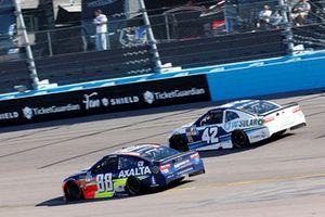 Alex Bowman, Hendrick Motorsports, Chevrolet Camaro Axalta, Kyle Larson, Chip Ganassi Racing, Chevrolet Camaro DC Solar