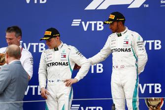 Race winner Lewis Hamilton, Mercedes AMG F1, second place Valtteri Bottas, Mercedes AMG F1, on the podium