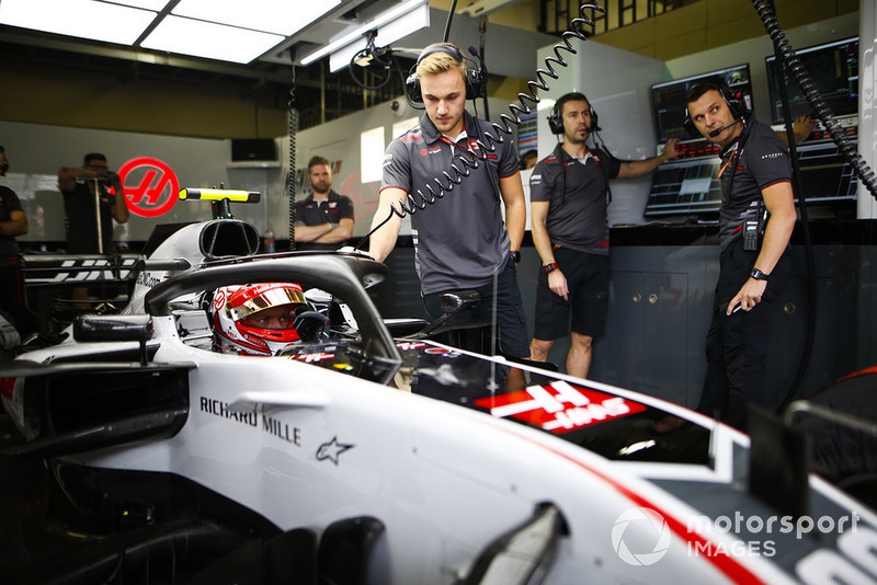 Kevin Magnussen, Haas F1 Team, in cockpit