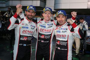 Ganadores #7 Toyota Gazoo Racing Toyota TS050: Mike Conway, Kamui Kobayashi, Jose Maria Lopez