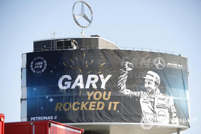 Letrero de Campeón para Gary Paffett, Mercedes-AMG Team HWA
