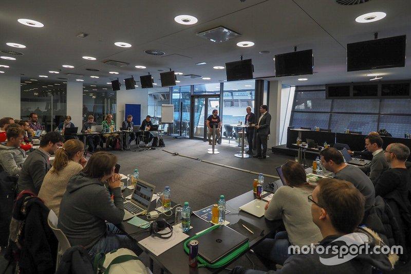 Helmut Marko. Red Bull, Peter Schöggl, AVL