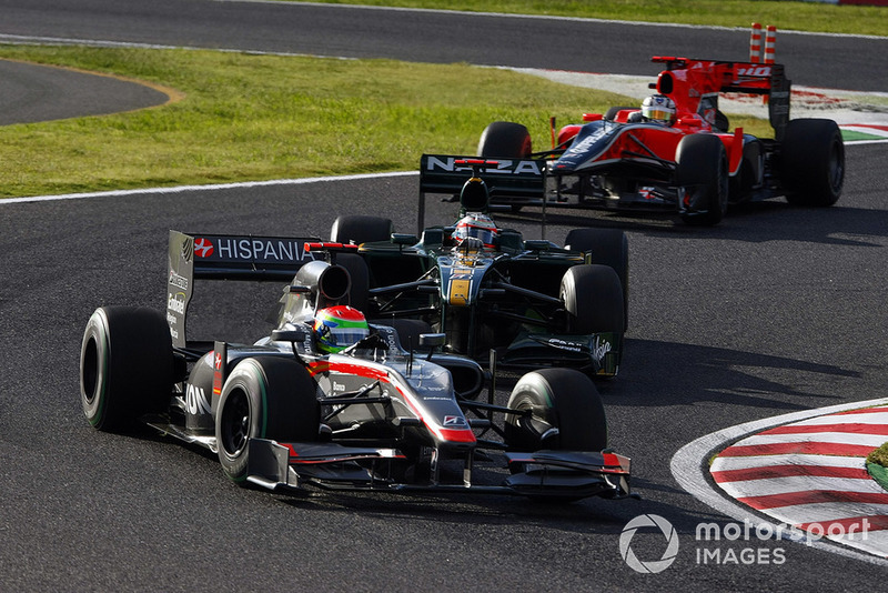 Sakon Yamamoto, HRT F1 F110-02, Jarno Trulli, Lotus T127 Cosworth, Timo Glock, Virgin VR-01 Cosworth