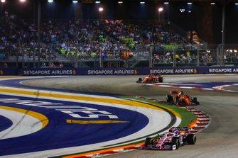 Lance Stroll, Racing Point RP19, Sebastian Vettel, Ferrari SF90, Charles Leclerc, Ferrari SF90