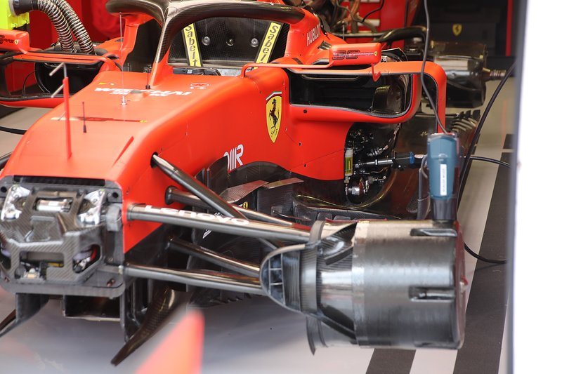 Ferrari SF90: Vorderradaufhängung