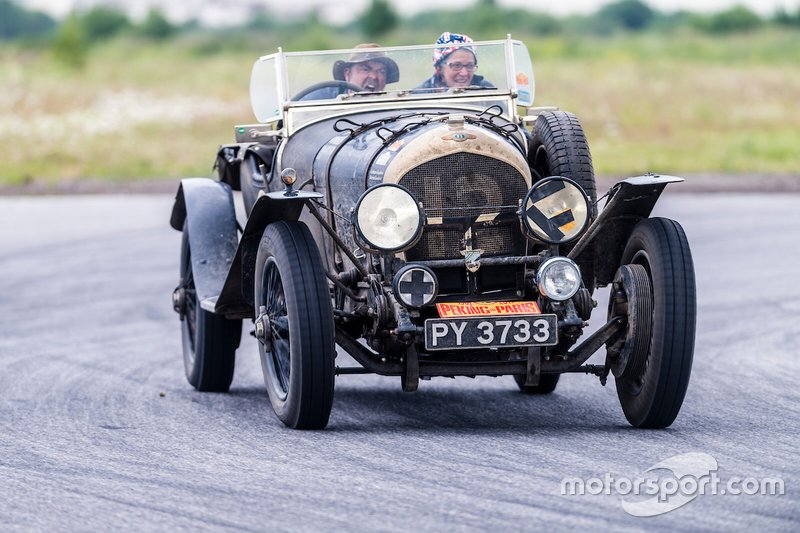 Graham en Marina Goodwin (12) – 1925 Bentley Super Sports