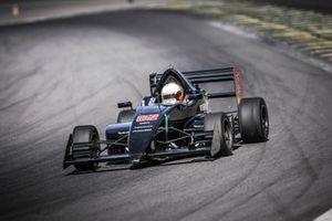 Daniel Mageste a bordo do Carro #82 - Imagem-Rodrigo Ruiz-2